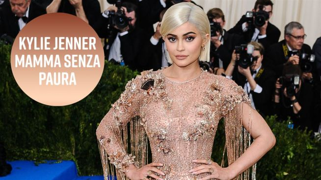 'Mom shaming', l'ultima vittima è Kylie Jenner